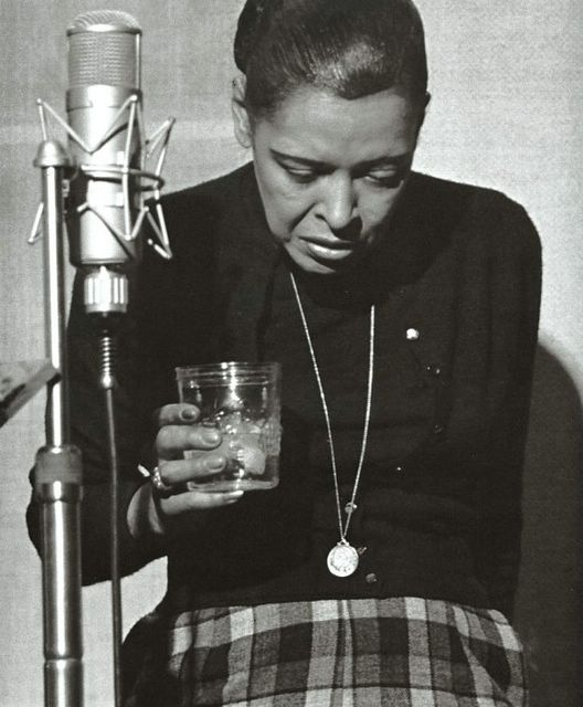 billie holiday holding glass